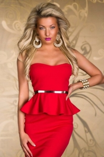 Simply Elegant Red Tube Club Dress with Matching Belt