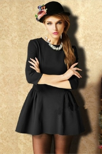 Classic Black Half Sleeves Little Black Dress with Round Neckline
