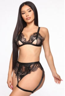 Black lace bralette with Panties and Garters