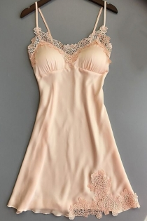 Light yellow three-dimensional lace trim ice silk nightdress without breast pad